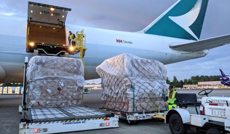 Công suất hàng hóa của Cathay Pacific giảm 25% do các biện pháp kiểm dịch được thực hiện